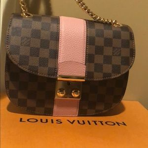 Louis Vuitton Wight Bag